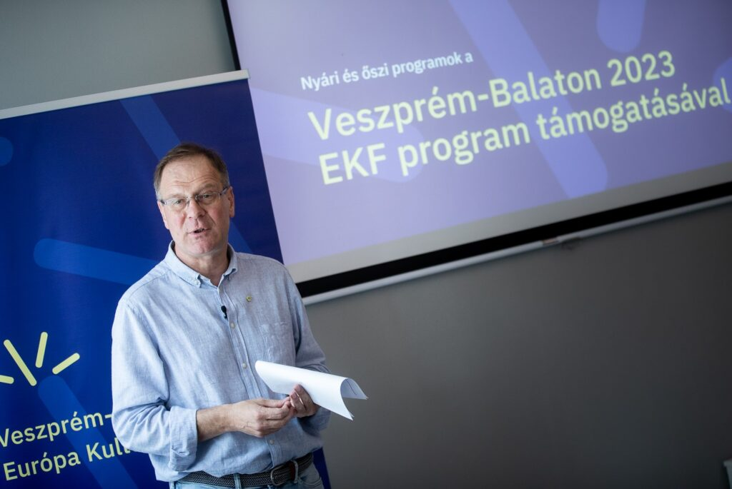 Navracsics Zsidó Örökségvédelemről Mesélt Veszprém 2023-As Projektje Kapcsán