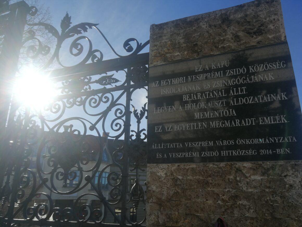 A zsidók építették ezt a várost — véli Veszprém polgármestere