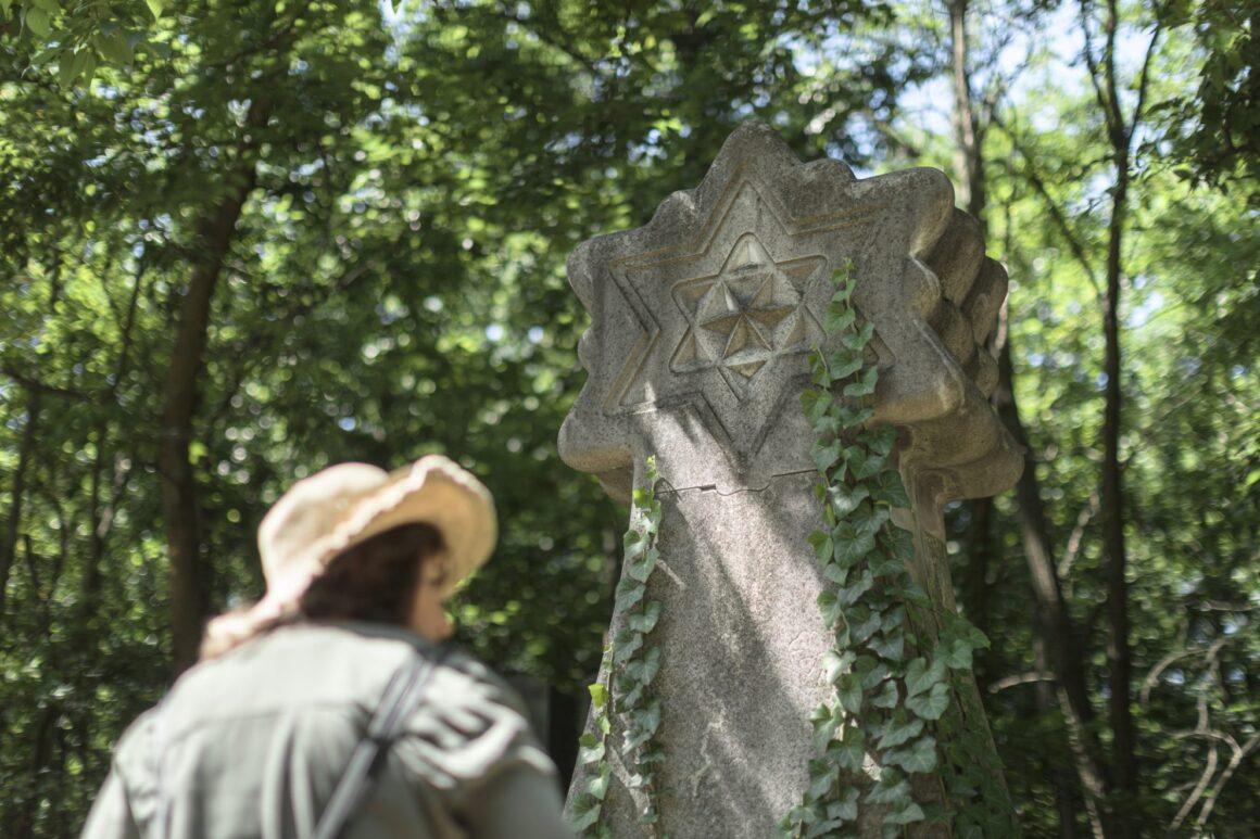Külföldi munkások a budapesti zsidó temetőben